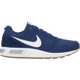 Nike NIGHTGAZER SHOE - Obuwie miejskie męskie